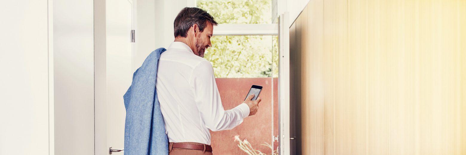 Signia ha sviluppato un nuovo apparecchio acustico in grado di offrire agli utilizzatori tutti i vantaggi di Signia Nx... e ancora più comodità!