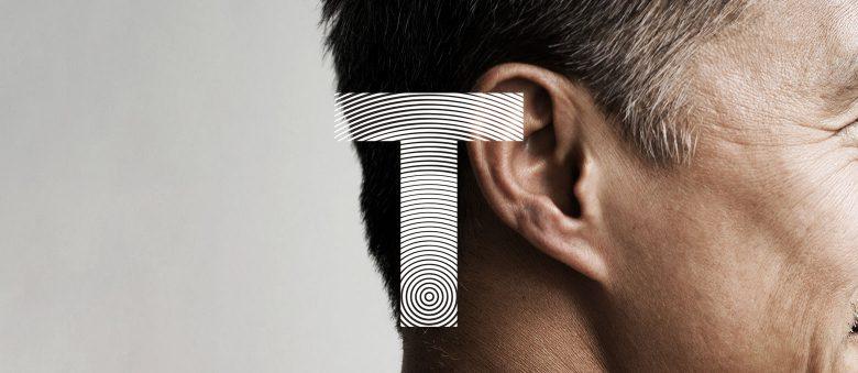L'accumulation de cérumen dans le conduit auditif peut être à l'origine de