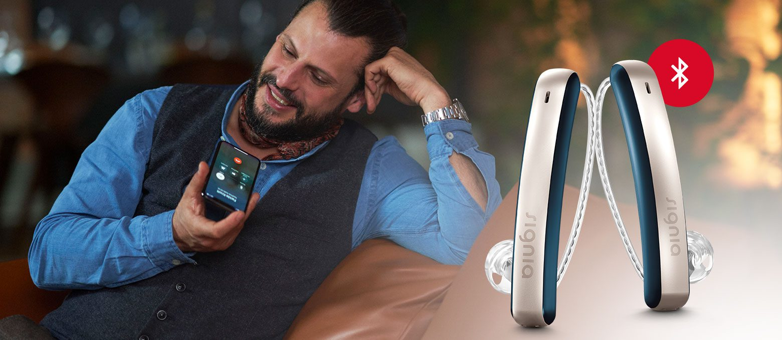 For trendsetters and travelers, Styletto Connect offers an entirely new way of self-expression with up to four days charging-on-the-go and Bluetooth connectivity.