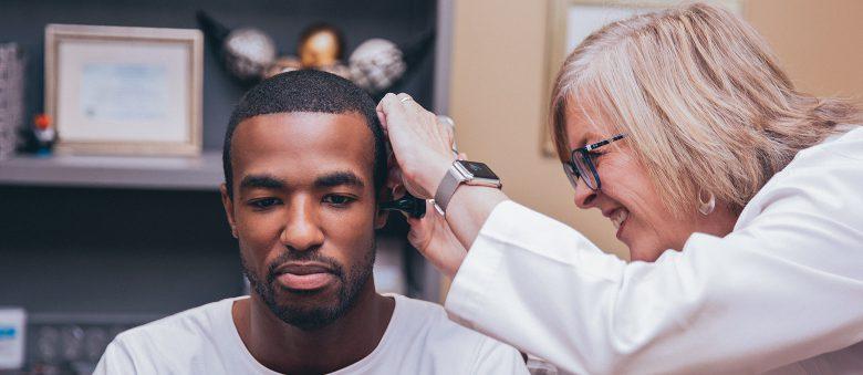 Если вы или близкий вам человек планируете обзавестись слуховыми аппаратами, вероятно, вы