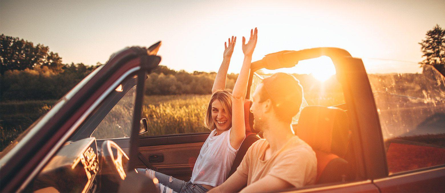 Хотя зрение, несомненно, является наиболее важным чувством при вождении, слух играет значительную роль в вашем взаимодействии с миром, даже в автомобиле. Если вы страдаете от нарушения слуха, перед тем как сесть за руль, вам нужно знать следующее.