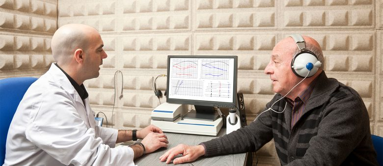 Es importante que obtenga un audiograma completo si cree que su audición
