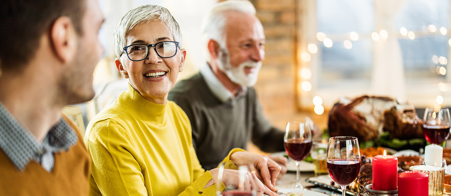 Everyone wants to make the most of the holidays, especially when they're reunited with family and friends for the occasion. If you're hard of hearing (HoH) or use hearing aids, here's some tips on how to socialize this holiday season.